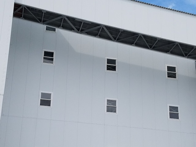 2 Steel Siding Factory Cleaning After